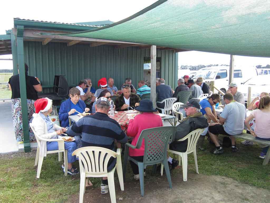 LMAC Xmas Lunch 13 Dec 2014 021_small